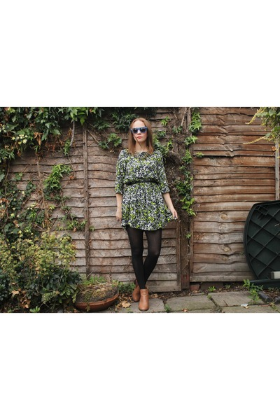 green smock asos dress - blue wayfarer Surfdome sunglasses