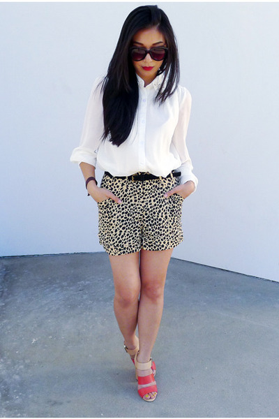 cheetah MinkPink shorts - coral sam edelman sandals - white romwe top