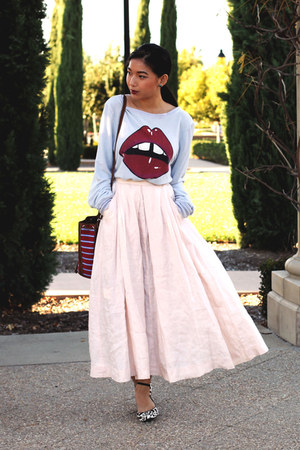 vintage skirt - wildfox couture sweater