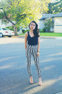 Navy-cowl-forever-21-top-off-white-diamond-print-h-m-pants