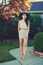 light pink foreign exchange skirt - black floppy Forever 21 hat
