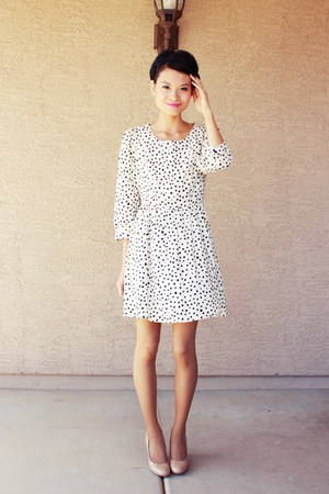 ivory dotted vintage Forever 21 dress - neutral Mossimo pumps