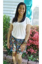 floral print American Rag shorts - shirt - Charlotte Russe bracelet