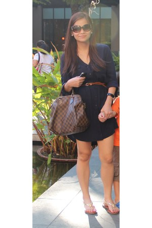 navy Forever 21 dress - speedy30 damier Louis Vuitton bag - dior sunglasses