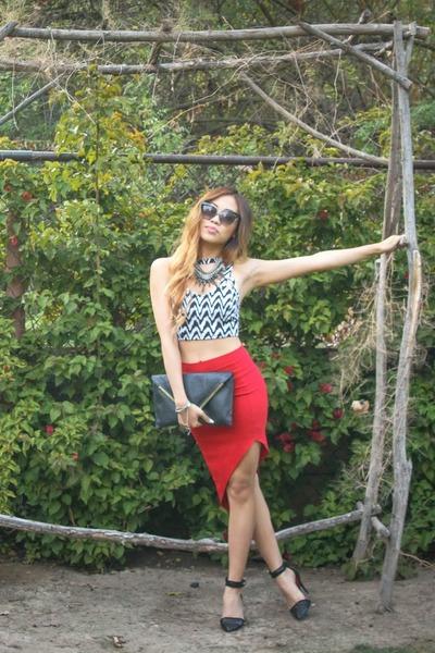 red asymmetrical windsor skirt - black ankle strap Charles Jourdan heels