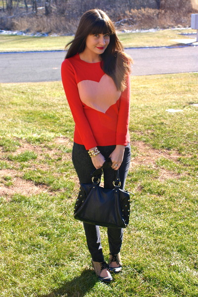gray Gap jeans - red JCrew sweater - black Primark bag - gold sorrelli bracelet