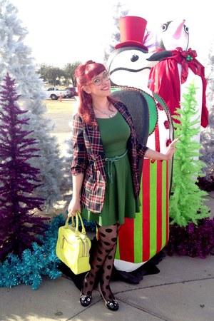 ruby red blazer - green dress - yellow kate spade bag - neutral TUK pumps