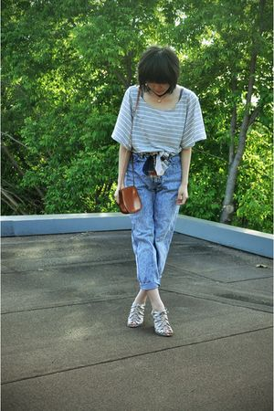 white Aldo shoes - blue jeans - thrifted belt - H&M top - purse