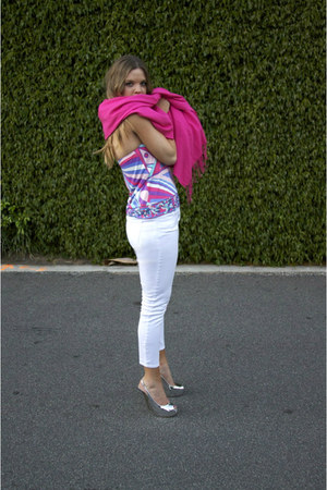 pucci top - unknown scarf - La bagagarie bag - Gap pants