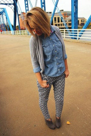 chambray shirt - cropped pants