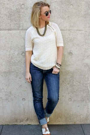 cream Loft sweater - tawny Urban Outfitters shoes - navy Rock & Republic jeans