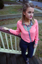 navy MNG jeans - salmon blouse - aquamarine necklace - coral bracelet