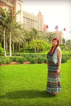 Splash Dubai dress - Zara bag - Nina Ricci sunglasses - H&M vest