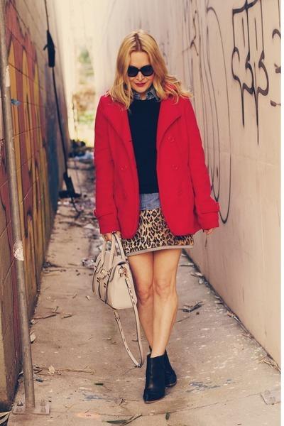 light brown leopard print Dolce & Gabbana skirt