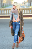 tawny tasseled Boden bag - blue skinny Zara jeans - peach silk Equipment shirt