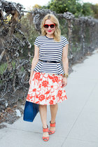 carrot orange floral print Trina Turk skirt - navy tote Rebecca Minkoff bag
