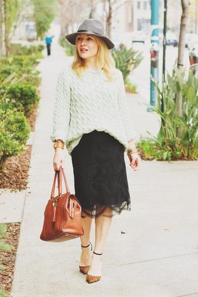 light blue chunky knit Zara sweater - black lace Club Monaco skirt