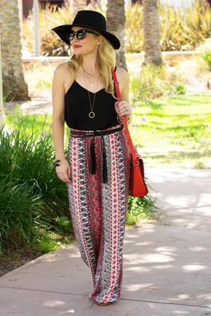 red palazzo Nordstrom pants - red cross body joy gryson bag
