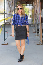 black ankle boots Nordstrom boots - blue Gap shirt