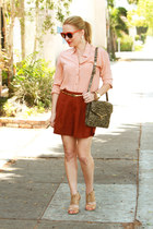 brick red high-waisted madewell shorts - peach button down Equipment shirt