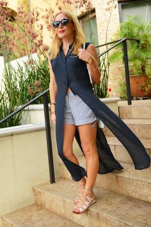 gray long Zara shirt - light blue striped thrifted vintage shorts