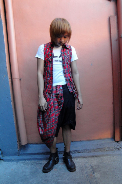 white Comme des Garcons shirt - black thrifted shorts - red thrifted vest