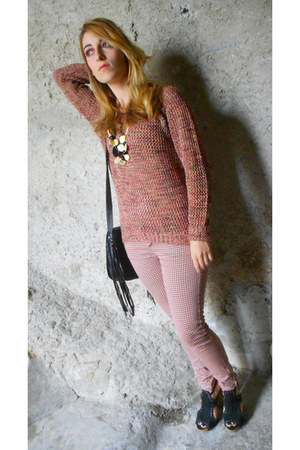 brick red knit OASAP sweater - black studded Terranova bag