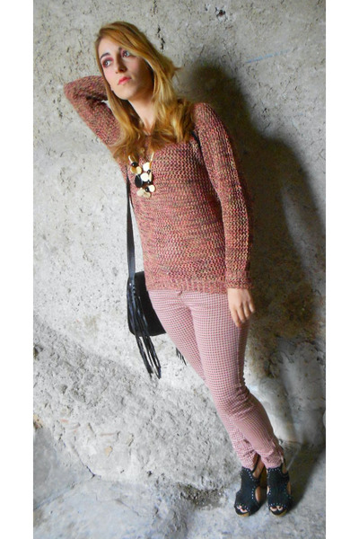 brick red knit OASAP sweater - black studded Terranova bag