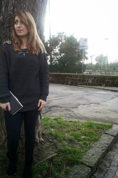 black silver PERSUNMALL purse - dark gray studs Alcott sweater