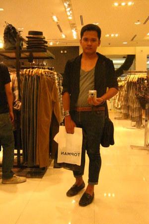 dark gray Aldo shoes - navy skinny jeans Topman jeans - black Zara blazer - heat
