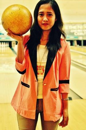 orange owl necklace accessories - carrot orange blazer - white t-shirt