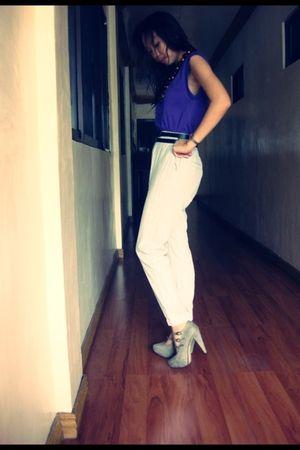purple American Apparel top - gray H&M pants - gray Mango shoes - brown heldred
