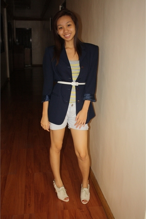 liz claiborne blazer - belt - Dorothy Perkins top - Terranova shorts - Nine West