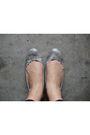 Gray-zara-top-black-glitterati-pants-gray-charles-and-keith-shoes