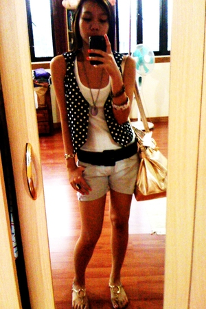 from thriftshop vest - DKNY top - Zara belt - Terranova shorts - Cole Vintage ac
