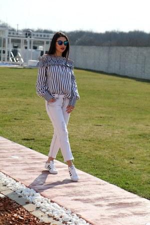 Sheinside blouse - Zara jeans - Adidas sneakers
