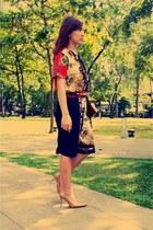 ruby red vintage blouse - black vintage pants - tan Janylin heels