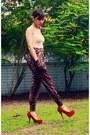 Nude-dickies-top-dark-brown-forever21-pants-ruby-red-syrup-heels