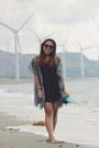 Black-thrifted-dress-teal-kimono-jacket-black-wayfarer-ray-ban-sunglasses