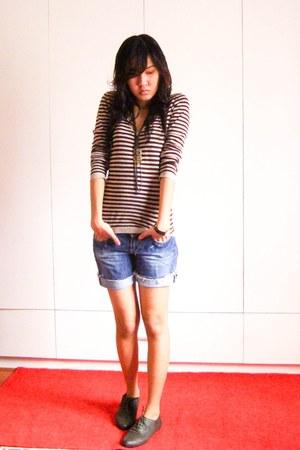 light brown Zara shirt - navy Bershka shorts - dark brown New Yorker shoes