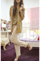 light pink Zara heels - camel floral print vintage blazer