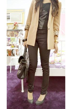 Zara jeans - Zara blazer - Charles & Keith bag - DKNY watch - Zara heels