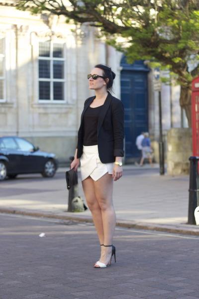 Zara blazer - Zara shorts - Zara heels - Zara t-shirt