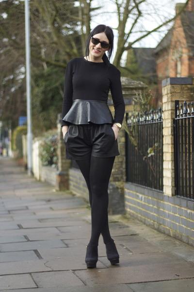 Zara boots - Zara shorts - Zara top