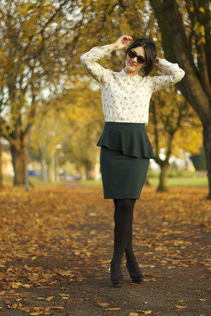 Zara skirt - Zara boots - off white Zara shirt