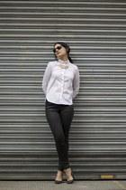 black Topshop jeans - white Zara shirt - charcoal gray Bershka heels