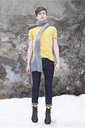 skinny jeans H&M jeans - H&M socks - yellow t-shirt H&M t-shirt