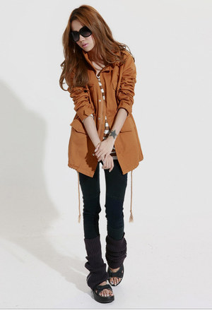 tawny Taobao coat - tan Taobao t-shirt - black MBT shoes