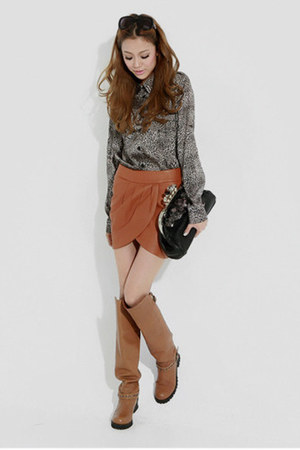 gray no brand blouse - hm skirt