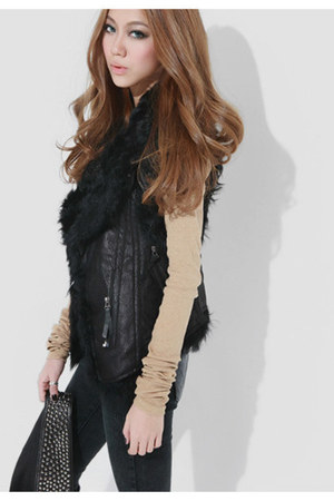 black Taobao tights - nude Taobao t-shirt - black Taobao vest